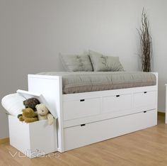 Inspo modern single bed with storage for saving space for Cama nido compacta con cajones