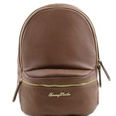6fffd1c0ec10e Diese sanfte Leder-Rucksack für Damen hat ein Vorfach mit Reissverschluss  Sanfte Struktur Innenseite 1