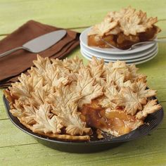 Such a beautiful pie .🍂🍁🍂Autumn Leaves Apple Pie - Maple leaves are gathered atop an apple pie for a signature fall dessert. Use the Leaves & Acorns Cutter Set to cut crust in various leaf sizes and bake the pie in the 9 in. Apple Desserts, Fall Desserts, Delicious Desserts, Thanksgiving Recipes, Fall Recipes, Holiday Recipes, Beautiful Pie Crusts, Pie Recipes, Cooking Recipes