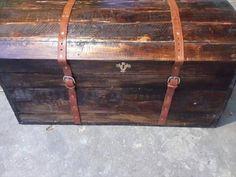 DIY Pallet Treasure Chest