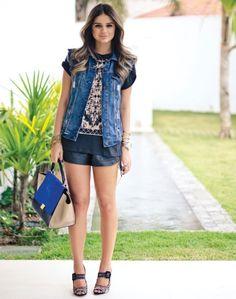 Black Shorts - Thassia Naves