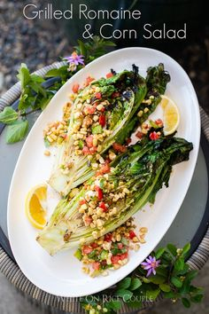 Grilled Romaine Salad Recipe with Grilled Corn Salad Corn Salad Recipes, Summer Salad Recipes, Corn Salads, Summer Salads, Grilled Romaine Salad, Grilled Corn Salad, Grilled Vegetables, Vegetable Side Dishes, Vegetable Recipes