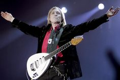 A charismatic stage presence born of quiet confidence, Petty stepped out of the spotlight a week before his death