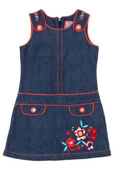 www.rosalitasenoritas.nl of www.stadesign.nl Girls Denim Dress, Kids Dress Wear, Mom Dress, Little Girl Dresses, Baby Frocks Designs, Kids Frocks Design, Baby Girl Christmas Dresses, Funky Dresses, Girl Dress Patterns