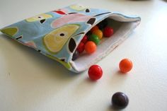 Reusable snack bags - these would be great for pencils & stuff!