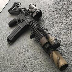 Survival Weapons, Weapons Guns, Personal Defense, Self Defense, Modern Assassin, Ar Pistol Build, Reloading Supplies, Ar 15 Builds, Cool Guns