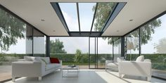 Véranda à toit plat Luz Natural, Store Veranda, Double Vitrage, Glass Roof, Closet Designs, Atrium, Rooftop, Beach House, Pergola