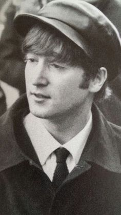 Find images and videos about the beatles, beatles and john lennon on We Heart It - the app to get lost in what you love. Beatles Love, Les Beatles, Beatles Photos, John Lennon Beatles, Beatles Art, Ringo Starr, George Harrison, Paul Mccartney, Great Bands