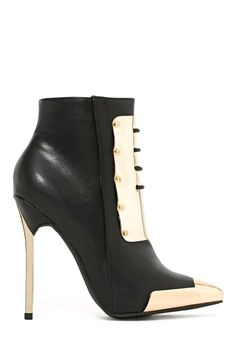 Shop Nasty Gal's latest platforms, high heels, lace up heels, suede heels and stilettos. Hot Shoes, Crazy Shoes, Me Too Shoes, Shoes Heels, Pumps, Pretty Shoes, Beautiful Shoes, Heeled Boots, Bootie Boots