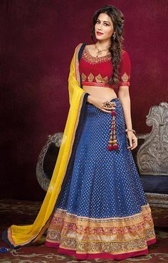 Trendy outfits for this Navratri !!
