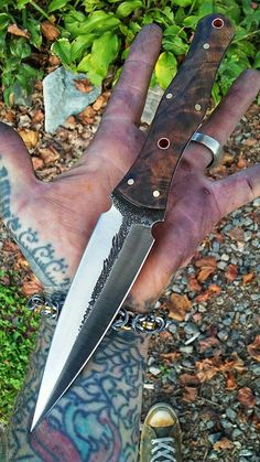 Nice looking dagger