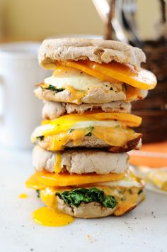 Butternut McMuffin Breakfast Sandwiches {Gluten-Free} - butternut squash, eggs, kale, cheese - so simple!