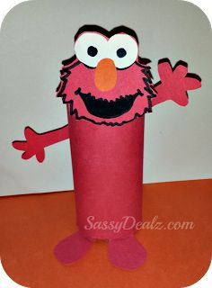 Elmo toilet paper roll craft for kids #Sesame Street art project #Recycled DIY | http://www.sassydealz.com/2013/08/elmo-cookie-monster-toilet-paper-roll.html