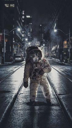 Misplaced astronaut, via https://plus.google.com/+VenkateshSomparii/posts/EsNgccVV9nW