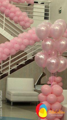 Arranjo de mesa com balões duplos com balões perolizados.  Créditos: balões: Balão Cultura (www.balaocultura.com.br) Decoração: Rachel Gomes (https://instagram.com/rachelmgomes) #qualatex #balaocultura #balãocultura #arranjodemesa #rachelmgomes #decoracaojardim #festainfantil #encontrandoideias