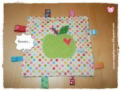 Äpplegrön: Tutorial - Knistertuch für Babys mit Apfel-Applikation