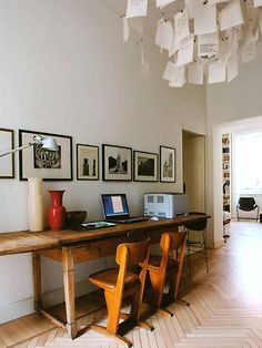 Home Interior Design .Home Interior Design Home Office Design, Modern House Design, Ingo Maurer, Old Desks, Design Apartment, Desk Areas, Desk Space, World Of Interiors, Office Workspace