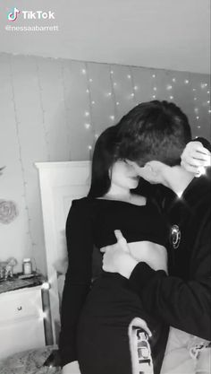 Freaky Relationship Goals Videos, Couple Goals Relationships, Couple Relationship, Cute Couple Selfies, Cute Couple Videos, Cute Couple Pictures, Cute Couples Kissing, Cute Couples Goals, Romantic Kiss Video