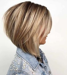 60 Layered Bob Styles: Modern Haircuts with Layers for Any Occasion Bronde Bob with Long Feathered Layers Medium Hair Styles, Curly Hair Styles, Bobs For Thin Hair, Thick Short Hair, Long Curly, Layered Bob Hairstyles, Latest Hairstyles, Hairstyles Haircuts, Short To Medium Hairstyles