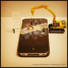 tue -First aid- ? Miniature Photography, Toys Photography, Joker Iphone Wallpaper, Miniature Calendar, Google Pixel Phone, Tiny World, Mobile Phone Repair, Ice Sculptures, Tiny Dancer