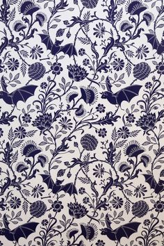 Elysian Fields via Flavor Paper :: I love walking by the lab and seeing wallpaper being made. Have to get this bat wallpaper! Field Wallpaper, Of Wallpaper, Gothic Wallpaper, Wallpaper Designs, Perfect Wallpaper, Unusual Wallpaper, Wallpaper Awesome, Interior Wallpaper, Wallpaper Patterns