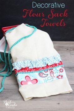 Tutorial to make cute decorative flour sack towels. Great idea for guest bathroom or seasonal decor!