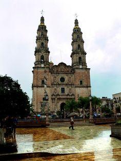 Catedral Basilica de NUESTRA SEÑORA DE SAN JUAN DE LOS LAGOS. JALISCO, MEXICO