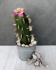 Bekijk de foto van Homemade By Joke met als titel Super leuk en weer eens wat anders is om iemand een geld cactus voor zijn verjaardag of andere gelegenheid te geven. Op mijn blog Homemade by Joke staat hoe je deze kunt maken. en andere inspirerende plaatjes op Welke.nl.