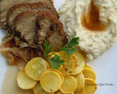 Gourmet Girl Cooks: Slow Cooker Spice Rubbed Tri-Tip Roast w/ Rich and Thick Parmesan Cauliflower Mash
