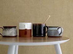 Kitchen Decor: Elevate your mid-century kitchen with these dazzling kitchen accessories.