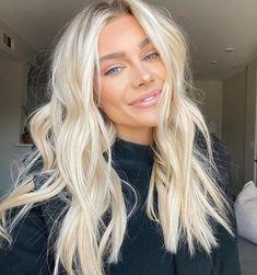 Baby Blonde Hair, Bright Blonde Hair, Blonde Hair Shades, Blonde Hair Looks, Balayage Hair Blonde, Blonde Long Hair Cuts, Platinum Blonde Hair, Blonde Hair Inspiration, Hair Inspo