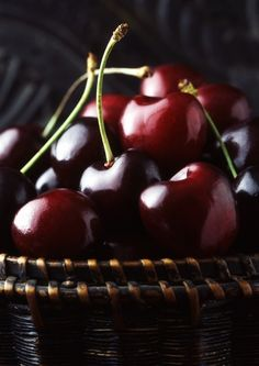 augustaleigh: Ooooohhh… . Sumptuous & tempting. Perfectly ripe and beautiful cherries.