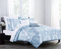 Nicole Miller Luxurious Designer Bedding 3 Piece Cotton Duvet Cover Set Watercolor Paisley Pattern in Shades of Blue on White (Full / Queen) Navy Bedding, Duvet Bedding, Bedding Sets, Queen Size Duvet Covers, Queen Comforter Sets, Queen Duvet, Nicole Miller, Pottery Barn, Tahari Bedding