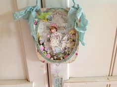 Hanging tin lid with Children and Bunny by aweebitofsparkle, $25.00