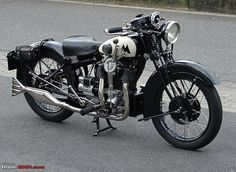 vintage motorcycles | Indian Classic Motorcycles-matchless_silver_hawk