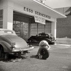 Shorpy Historical Photo Archive :: Tires on Credit: 1940