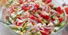 Składniki: 1 mała sałata lodowa 1 udo wędzone kilka pomidorków koktajlowych 1 cebula czerwona 1 ogórek św mała puszka kukurydzy S... Pasta Salad, Ethnic Recipes, Food, Meal, Cold Noodle Salads, Hoods, Eten, Meals, Macaroni Salad