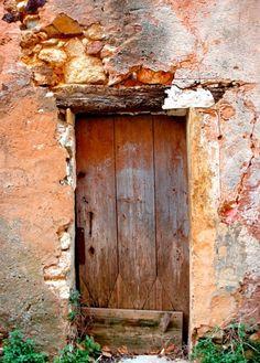 Old door in Roussillon, Provence Entrance Doors, Doorway, Old Doors, Windows And Doors, Rustic Doors, Unique Doors, Painted Doors, Door Knockers, Closed Doors