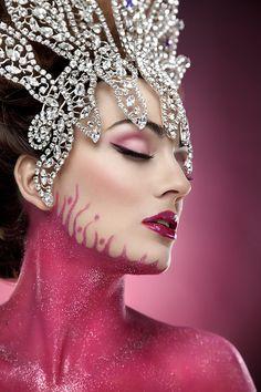 Model: Irene Suarez - Photographer: Rebeca Saray