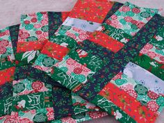 Strip Quilted Christmas Placemats Set of 4 by NanasQuiltsandGifts, $19.50