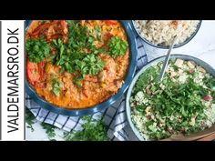 Hakkebøffer i fad med krydret tomatflødesauce og masser skønne grøntsager - en nem hurtig og velsmagende ret - få opskriften her