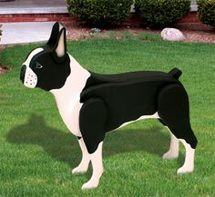 3D Life-Size Boston Terrier Woodcraft Pattern Decorate a deck or patio, or a special spot in your yard or garden with this realistic looking, life-size Boston Terrier. #diy #woodcraftpatterns