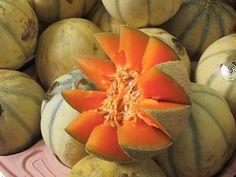 Melons de Provence #provence #tourismepaca #voyage #tourism #france #paca #orange #provencal #melon #melon #fruit #food