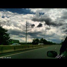 北へ Heading north #slex #highway #philippines #フィリピン #高速道路