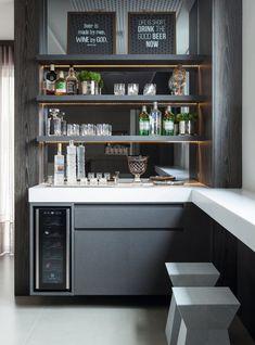 Diy Home Bar, Modern Home Bar, Dinning Room Bar, Dining Room Design, Bar Interior, Home Decor Furniture, Kitchen Furniture, Modular Furniture, Wine Bar Design