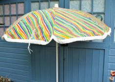 Looking for Vintage Home Accessories and Gifts? Visit my ever changing online shop to search for funky home accessories from the and Whether it's for your home or as a gift, you are sure to find something quirky! Campervan Accessories, Garden Parasols, Vintage Home Accessories, Metal Pole, Vintage Gardening, Sun Umbrella, Sun Shade, Carry Bag, Fabric Covered