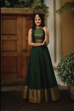Indian Gowns Dresses, Indian Fashion Dresses, Dress Indian Style, Indian Designer Outfits, Designer Dresses, Designer Wear, Indian Outfits, Indian Long Dress, Designer Anarkali Dresses
