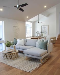 Home Staging with minimal furniture and nice accents on the walls. Very light and airy to show the space without feeling crowded. New Living Room, Home And Living, Living Spaces, Simple Living Room Decor, Living Room Inspiration, Home Staging, Living Room Designs, Lounge Room Designs, Apartment Living