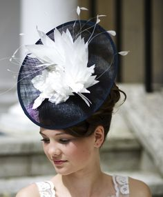 Victoria - Navy Blue & Ivory Feather Fascinator/Headpiece Custom Made in Every Colour - Kentucky, Melbourne, Ascot Race Hats Fascinator Hairstyles, Fascinator Hats, Hat Hairstyles, Hair Fascinators, Headpieces, Race Day Outfits, Party Outfits, Race Day Hats, Stylish Hats