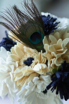 2012 wedding bouquet trends. Peacock, ultra-romantic, and succulents<3